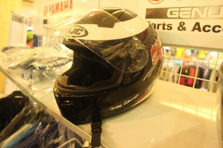 helm nya jolor replica version