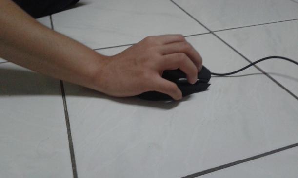 Claw grip