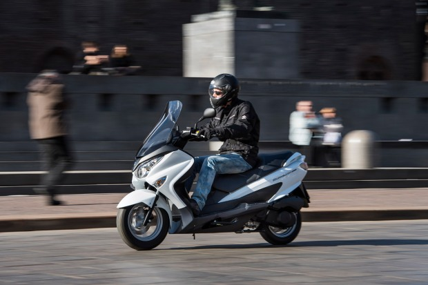 Suzuki-Burgman-200-ABS