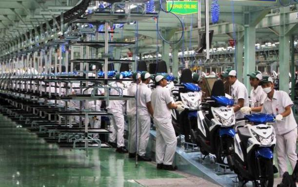 Perakitan-motor-di-pabrik-PT-Astra-Honda-Motor-AHM-di-kawasan-Karawang-Jawa-Barat.-Nurul-Hidayat_JIBI_Bisnis.jpg